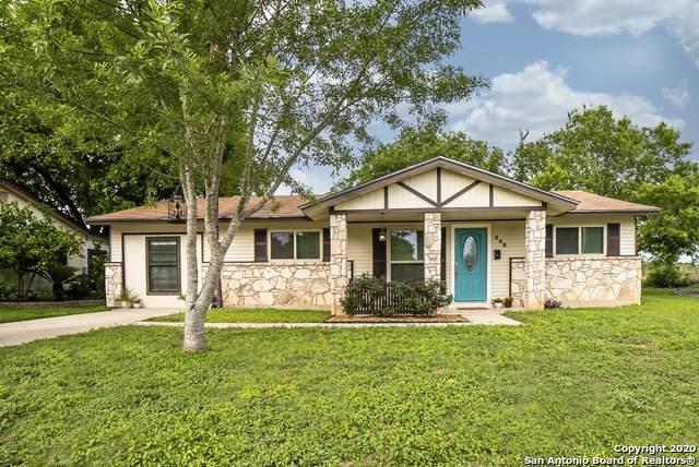 208 Roanoke Dr, Schertz, TX 78154 (MLS #1460358) :: BHGRE HomeCity San Antonio