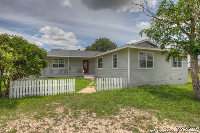 2283 Schwab Rd, Marion, TX 78124 (MLS #1460420) :: The Mullen Group | RE/MAX Access