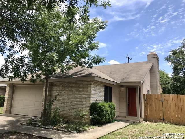 8120 Laurel Bend, San Antonio, TX 78250 (MLS #1460447) :: Alexis Weigand Real Estate Group