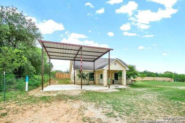 20041 Leal Rd, San Antonio, TX 78221 (MLS #1460670) :: Berkshire Hathaway HomeServices Don Johnson, REALTORS®