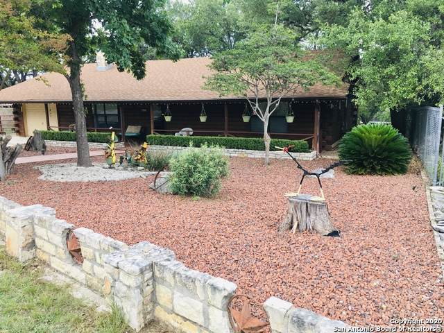 122 N Middle Ln, Canyon Lake, TX 78133 (MLS #1460982) :: Berkshire Hathaway HomeServices Don Johnson, REALTORS®
