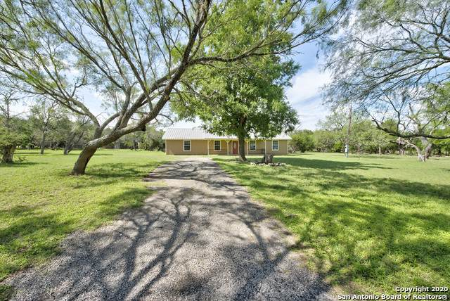 1315 Lakeside Dr, Lakehills, TX 78063 (MLS #1461119) :: The Mullen Group | RE/MAX Access