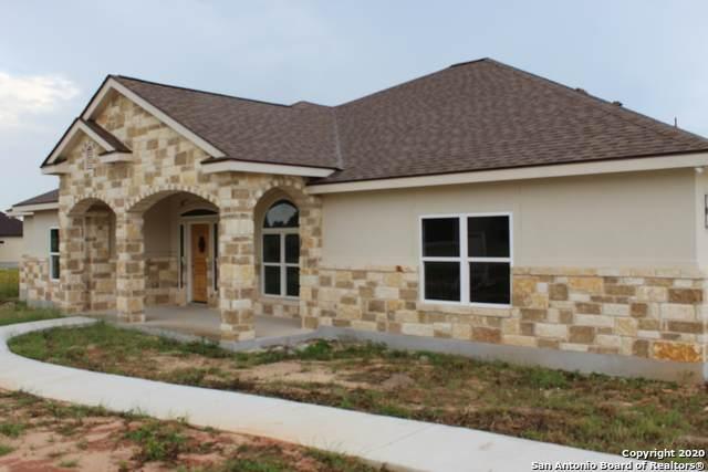 131 Las Palomas Dr, La Vernia, TX 78121 (MLS #1461170) :: The Mullen Group   RE/MAX Access