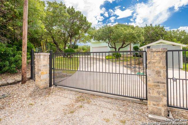 957 Stagecoach Dr, Canyon Lake, TX 78133 (MLS #1461336) :: Alexis Weigand Real Estate Group