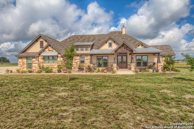 172 Triple Bend Dr, La Vernia, TX 78121 (MLS #1461469) :: The Glover Homes & Land Group