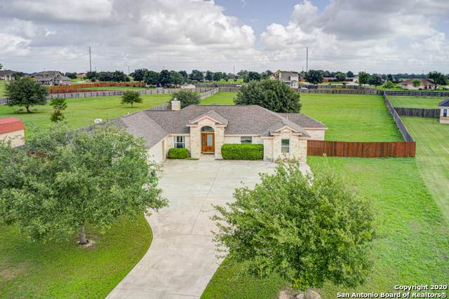 15807 Lake Breeze Dr, Lytle, TX 78052 (MLS #1461527) :: Alexis Weigand Real Estate Group