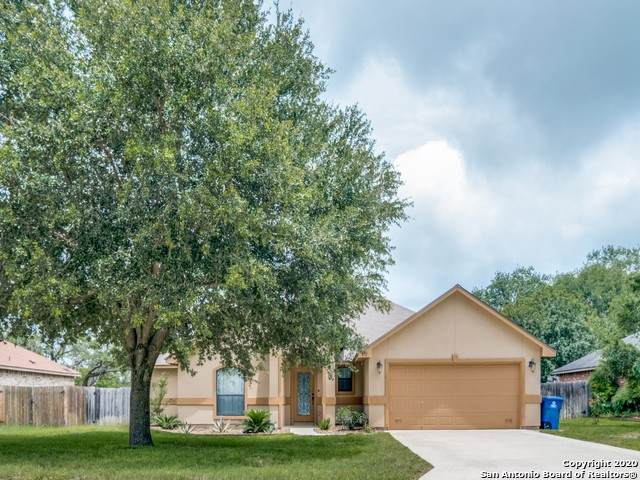 312 Bunker Hl, Pleasanton, TX 78064 (MLS #1461565) :: Neal & Neal Team