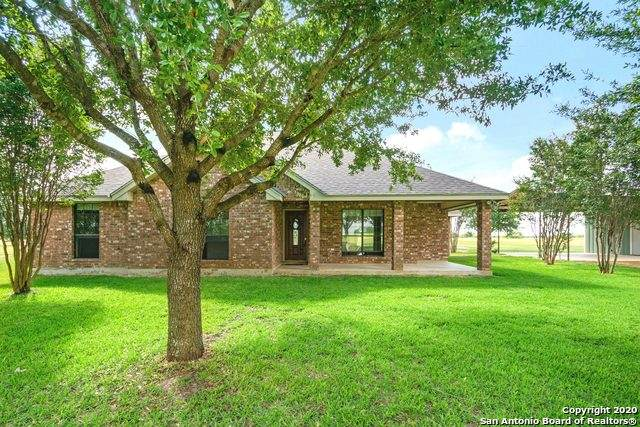 2299 Fm 536, Floresville, TX 78114 (MLS #1461571) :: Legend Realty Group