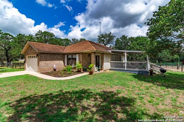 413 Cimarron Dr, Floresville, TX 78114 (MLS #1461627) :: Alexis Weigand Real Estate Group