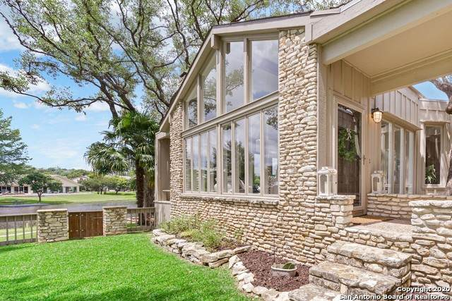 551 Fairway Dr, Kerrville, TX 78028 (#1461813) :: The Perry Henderson Group at Berkshire Hathaway Texas Realty