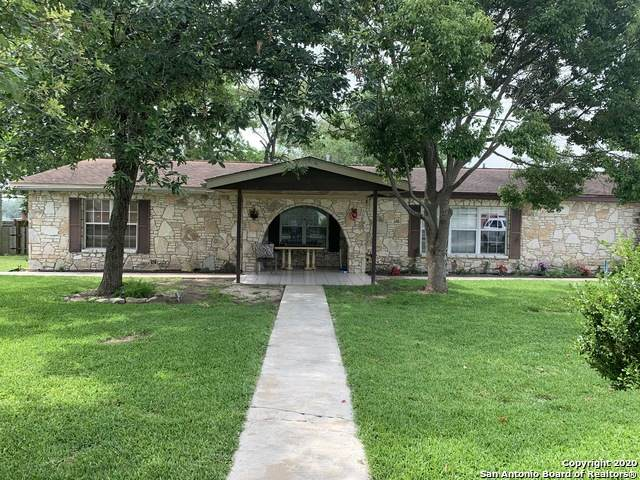 104 Free Timber St, Stockdale, TX 78160 (MLS #1462009) :: Alexis Weigand Real Estate Group