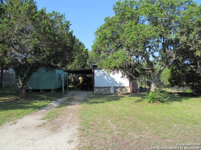 1240 Highview St, Canyon Lake, TX 78133 (MLS #1462225) :: The Heyl Group at Keller Williams