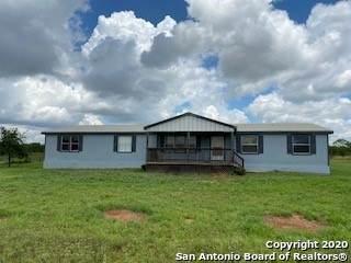 5050 Cr 345, Charlotte, TX 78011 (MLS #1462246) :: Berkshire Hathaway HomeServices Don Johnson, REALTORS®