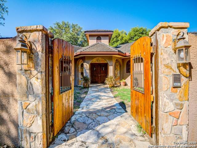 165 Schlamp Bay, Canyon Lake, TX 78133 (MLS #1462765) :: Neal & Neal Team