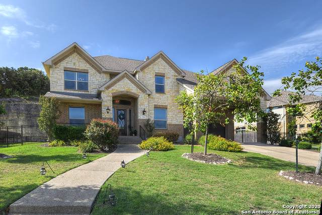 17014 Sonoma Ridge, San Antonio, TX 78255 (#1463290) :: The Perry Henderson Group at Berkshire Hathaway Texas Realty