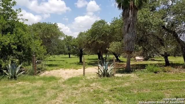 21480 Applewhite Rd, San Antonio, TX 78264 (MLS #1463325) :: Maverick