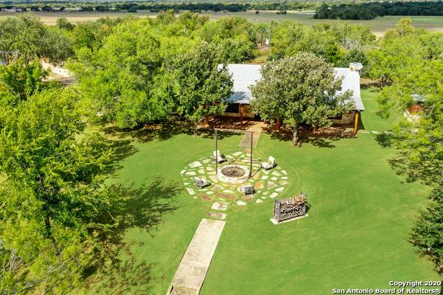 2915 Gander Slough Rd, Kingsbury, TX 78638 (MLS #1463970) :: The Real Estate Jesus Team