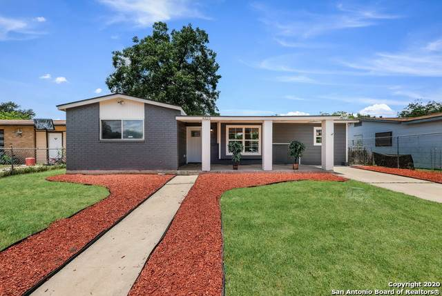 9323 Walhalla Ave, San Antonio, TX 78221 (MLS #1464467) :: Carolina Garcia Real Estate Group