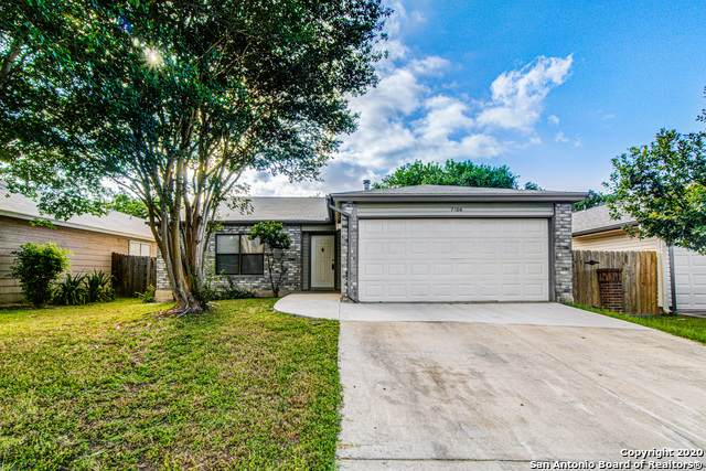 7106 Sunlit Trail Dr, San Antonio, TX 78244 (#1464542) :: The Perry Henderson Group at Berkshire Hathaway Texas Realty