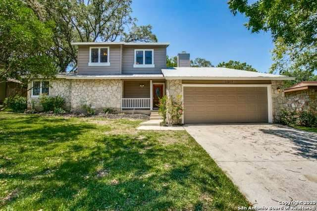11207 Lago Vista, Helotes, TX 78023 (#1464673) :: The Perry Henderson Group at Berkshire Hathaway Texas Realty