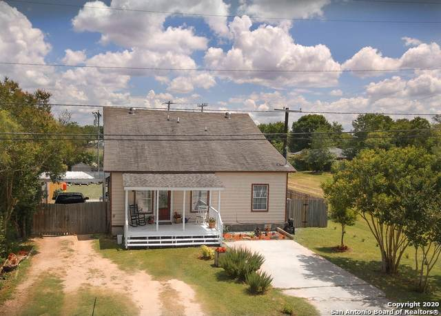 301 E Klein St, Marion, TX 78124 (MLS #1464714) :: Alexis Weigand Real Estate Group