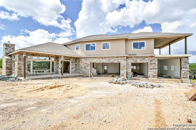 128 County Road 2803, Mico, TX 78056 (MLS #1465424) :: Reyes Signature Properties