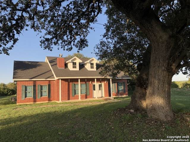 310 Stone Crest Dr, Bandera, TX 78003 (MLS #1465483) :: Alexis Weigand Real Estate Group
