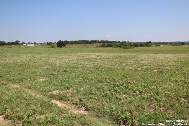 TRACT 6 00 County Road 119, Floresville, TX 78114 (MLS #1465495) :: The Gradiz Group