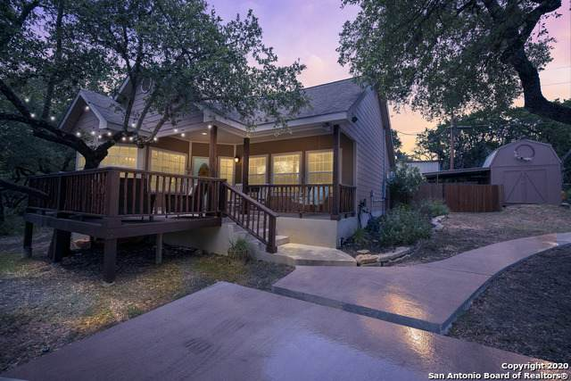 1587 Westview Court Dr, Canyon Lake, TX 78133 (#1465698) :: The Perry Henderson Group at Berkshire Hathaway Texas Realty