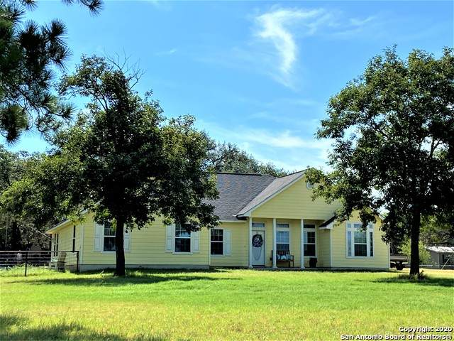 191 Private Road 6744, Natalia, TX 78059 (MLS #1465762) :: Reyes Signature Properties