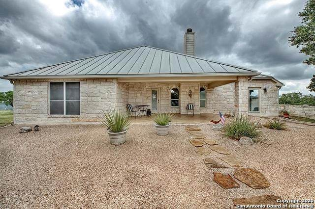 160 Balsly, Center Point, TX 78010 (#1465911) :: The Perry Henderson Group at Berkshire Hathaway Texas Realty