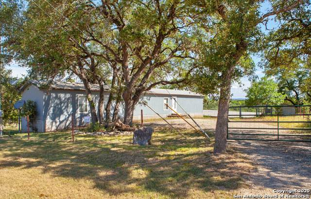 102 Lakeshore Cir, Bandera, TX 78003 (MLS #1466048) :: ForSaleSanAntonioHomes.com