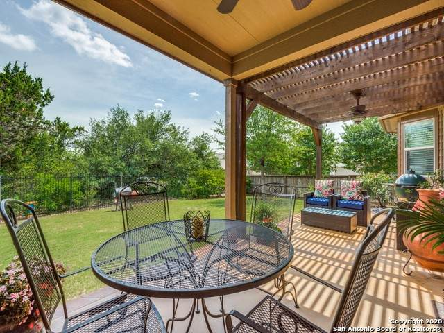 10638 Larch Grove Ct, Helotes, TX 78023 (#1466162) :: The Perry Henderson Group at Berkshire Hathaway Texas Realty