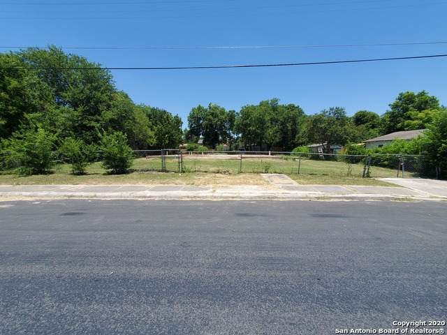 1139 Vermont St, San Antonio, TX 78211 (MLS #1466181) :: Alexis Weigand Real Estate Group