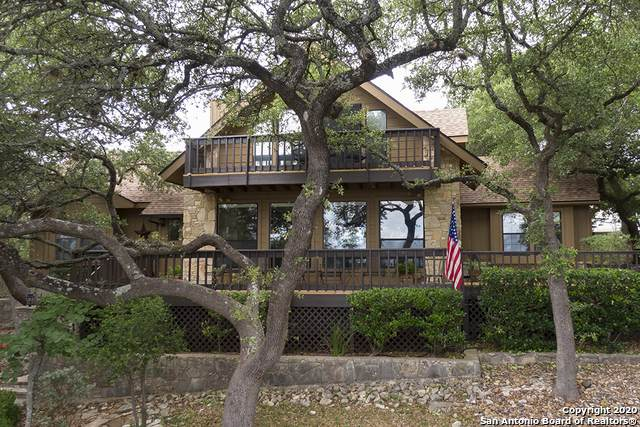 1072 Summit Bluff, Canyon Lake, TX 78133 (#1466295) :: The Perry Henderson Group at Berkshire Hathaway Texas Realty