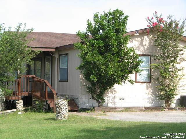 1519 Cr 4511, Hondo, TX 78861 (MLS #1466376) :: The Mullen Group | RE/MAX Access
