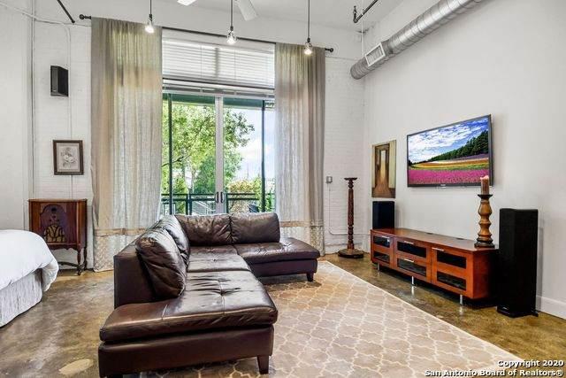 831 S Flores St #2107, San Antonio, TX 78204 (MLS #1466390) :: Reyes Signature Properties