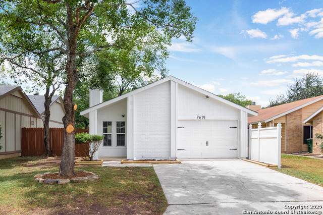 9618 South Bend, San Antonio, TX 78250 (MLS #1466771) :: The Heyl Group at Keller Williams