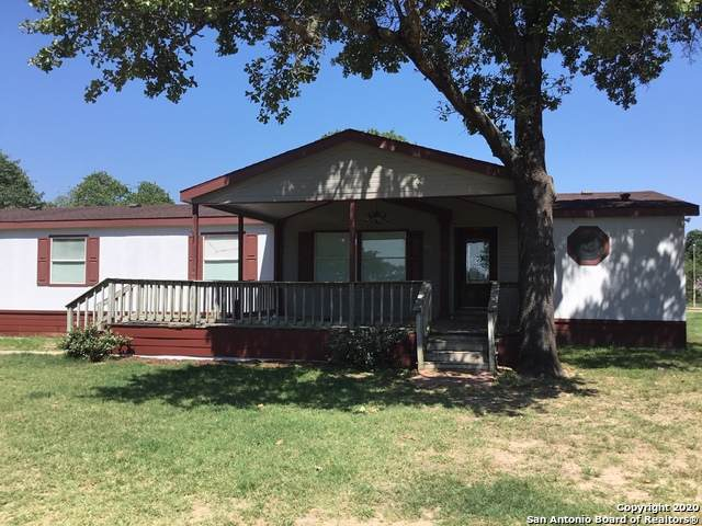133 County Road 785, Natalia, TX 78059 (MLS #1466904) :: Alexis Weigand Real Estate Group