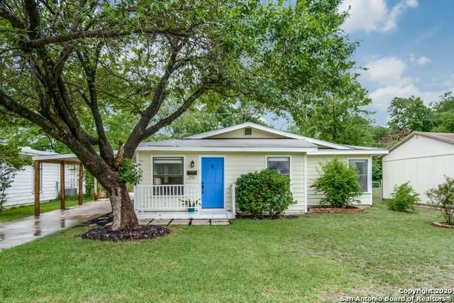 251 Cliffwood Dr, San Antonio, TX 78213 (MLS #1467178) :: Berkshire Hathaway HomeServices Don Johnson, REALTORS®