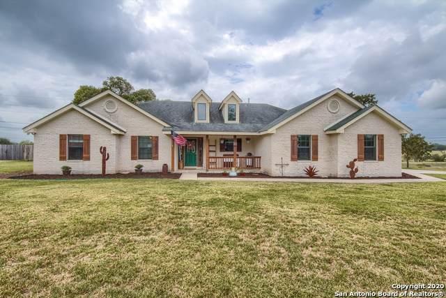 113 Miller Cove, La Vernia, TX 78121 (MLS #1467226) :: Reyes Signature Properties