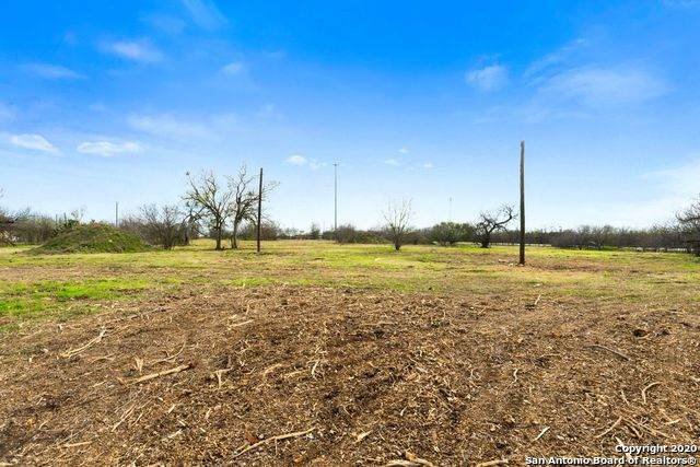 5175 Martinez Converse, Converse, TX 78109 (MLS #1467276) :: Berkshire Hathaway HomeServices Don Johnson, REALTORS®