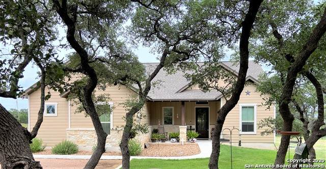 1516 Lake Ridge Blvd, Canyon Lake, TX 78133 (MLS #1467302) :: The Gradiz Group