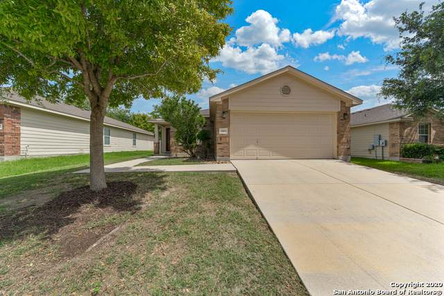333 Wagon Wheel Way, Cibolo, TX 78108 (MLS #1467343) :: Neal & Neal Team