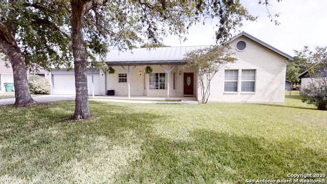 134 Lone Oak St, Seguin, TX 78155 (MLS #1467365) :: Berkshire Hathaway HomeServices Don Johnson, REALTORS®