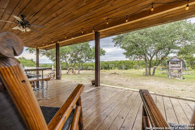 275 County Road 2720, Mico, TX 78056 (MLS #1467458) :: Alexis Weigand Real Estate Group
