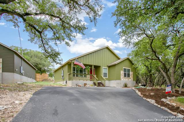 1128 Whispering Hills Dr, Canyon Lake, TX 78133 (MLS #1467619) :: HergGroup San Antonio Team