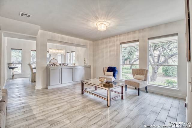 12102 Mission Trace St, San Antonio, TX 78230 (MLS #1467867) :: Berkshire Hathaway HomeServices Don Johnson, REALTORS®
