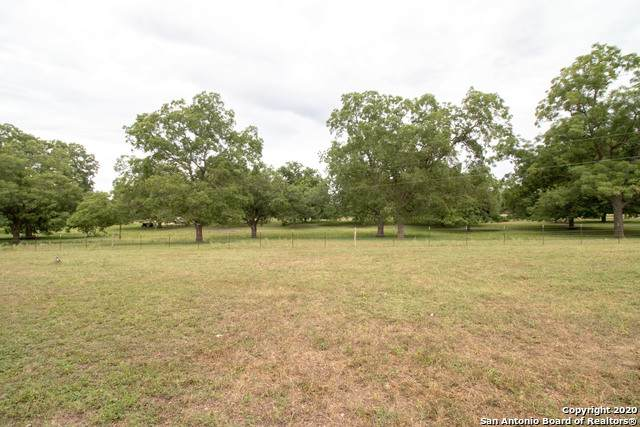 TBD-TRACT 2 & 9 Ullrich Rd, Marion, TX 78124 (MLS #1467904) :: Reyes Signature Properties
