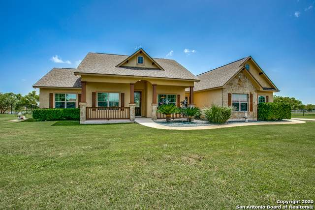 15938 Lake Shore Dr, Lytle, TX 78052 (MLS #1467923) :: Alexis Weigand Real Estate Group